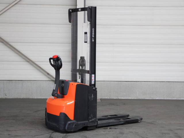 Second-hand Stackers BT SWE120