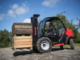 2.5 ton ruw terrein heftruck te huur