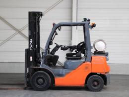 Second-hand Forklift trucks TOYOTA 02-8FGF25