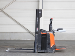 Second-hand Stackers BT SPE120L