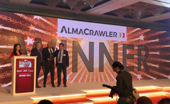 "Almacrawler Jibbi rupshoogwerker winnaar ""product of the year"""