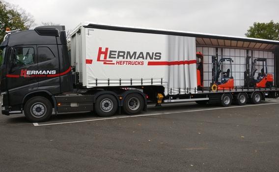 Huiftrailer Hermans Heftrucks met levensechte print
